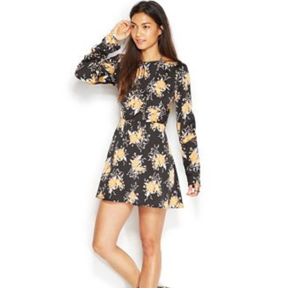 Free People Dresses & Skirts - FREE PEOPLE PARKER FLORAL PRINT BUTTON DRESS